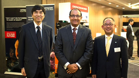 (From left to right) Guests of Honour Mr Haruhisa Takeuchi (Ambassador of Japan to Singapore) and Mr S Iswaran (Minister, Prime Minister's Office and Second Minister for Home Affairs and Second Minister for Trade and Industry), with Mr Hirohiko Morisaki (Managing Director, Hitachi Asia Ltd.), before the start of the reception.