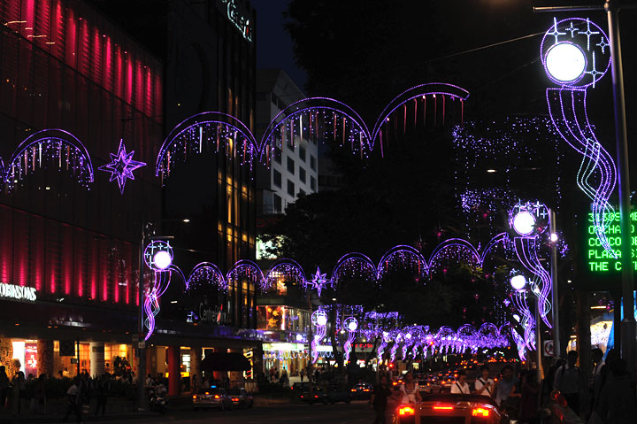 Christmas Light-up 2010 : Hitachi Singapore